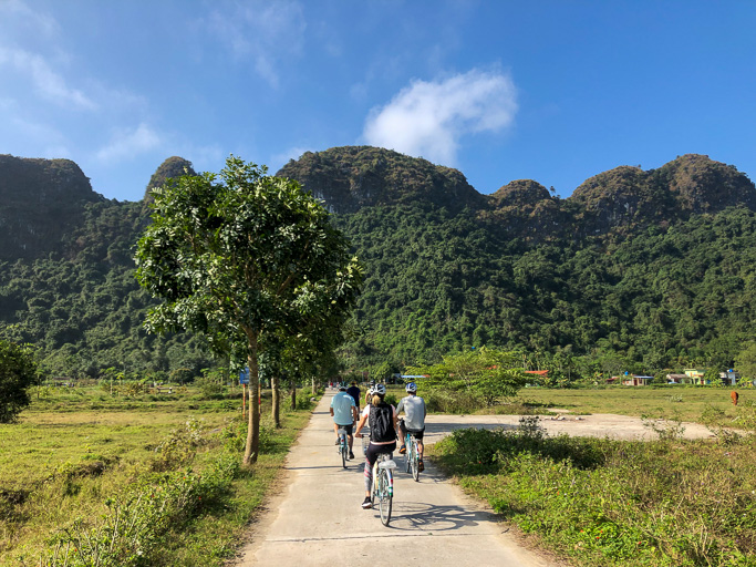 Vietnam - Skjodt Family Trip - Halong Bay Village Bike Tour @Jo Aigner